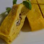 Honewort and conger eel omelet
