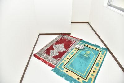 ハラル食堂祈祷室