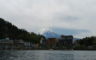 富士山と河口湖(スワンボートからの眺め)