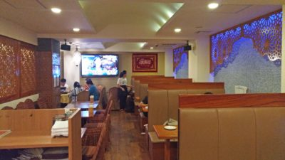 Inside the restaurant, It has calm atmosphere that suitable to fully enjoy their delicious food