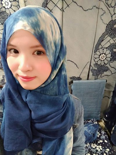 Using Aizome hijab